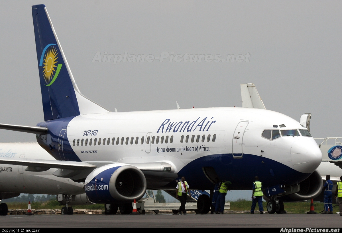 RwandAir to resume Libreville / Douala operations